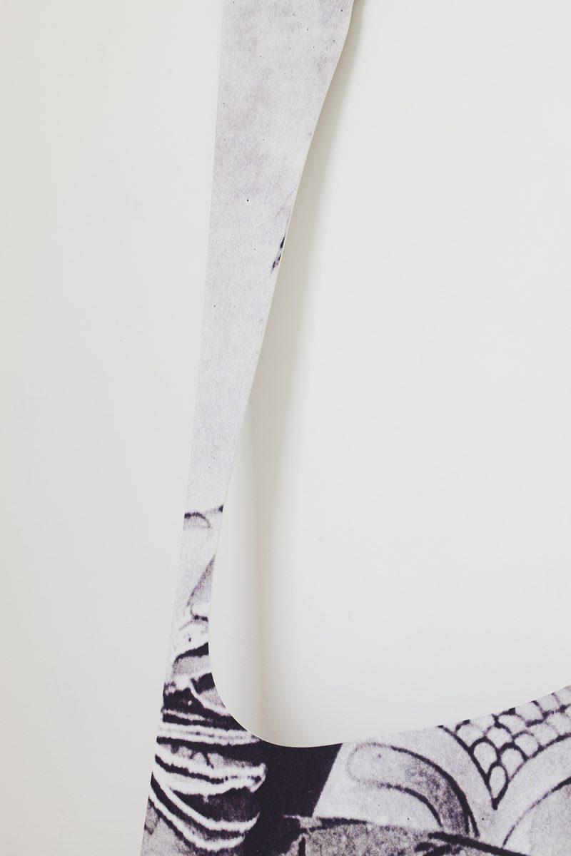 Eléonore False — Scroll infini